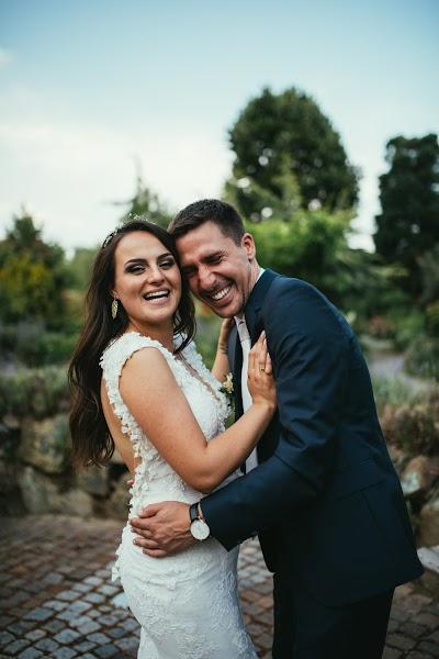 Wedding photographer Vanessa Tivadar (vanessativadar). Photo of 02.10.2018