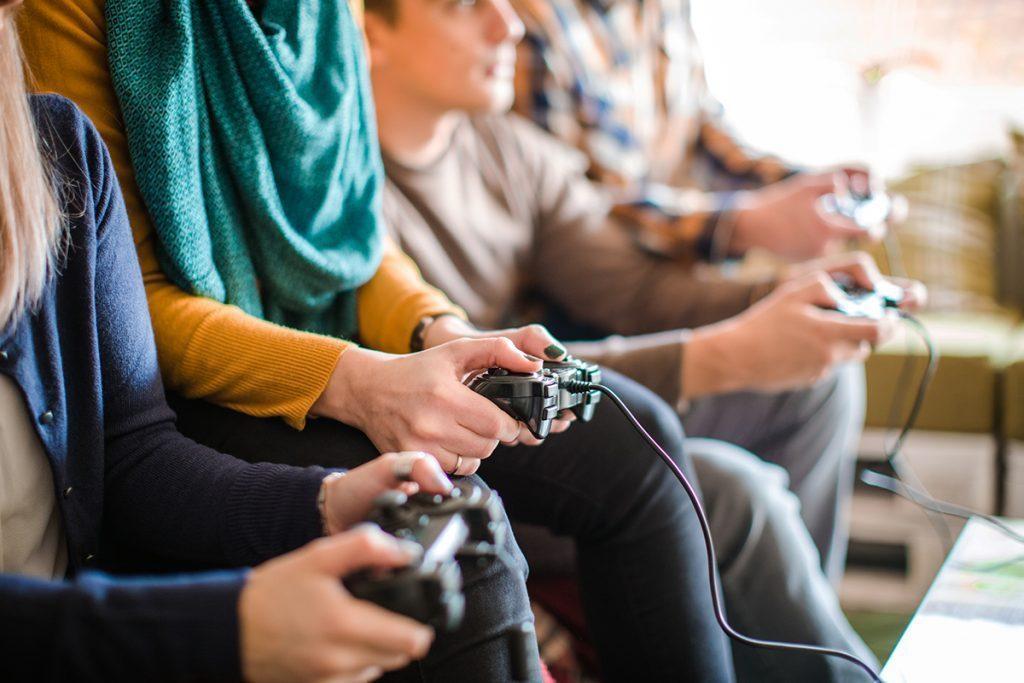 i9wHKimGUIO4SlJ6eZkSG8FC7IYpaDn6-c5iZdVcpWDompBxZjAWIaEz2T9Tbp22FKQDuGkJCiU0RYI7nQgSbkePQvnN5LixTBRwVVBBapA2Jbq3SW4BhmX4EdTc1bRKDS8tVyXTrHFSWdwP9A How to Make Money Playing Video Games in 6 Ways
