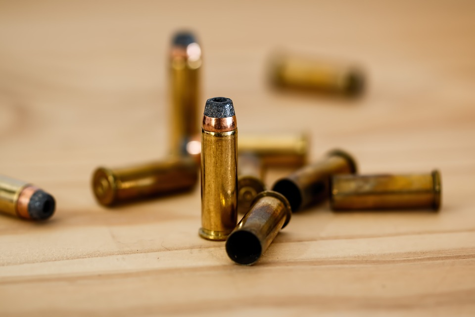 Estudiante-finlandés-atacante-universidad-arma-fuego-profesor-testigo-
