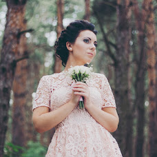 Wedding photographer Yana Krizhanovskaya (YanaKr). Photo of 01.08.2015