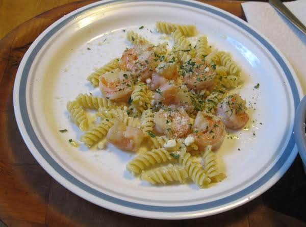 Garlicky Butter Shrimp On Rotini