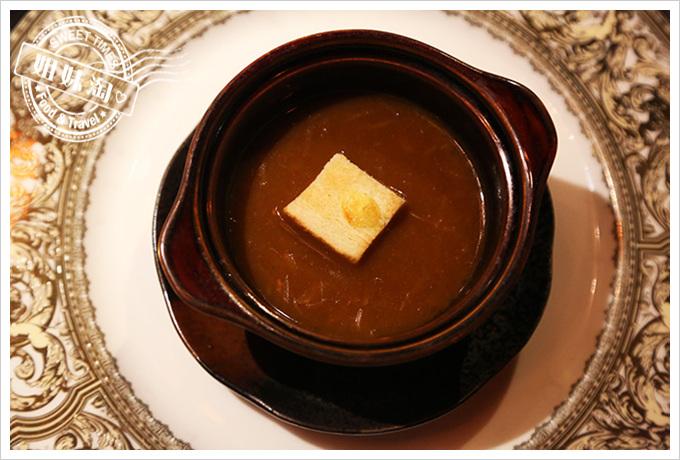 家蒂諾鐵板燒-洋蔥湯