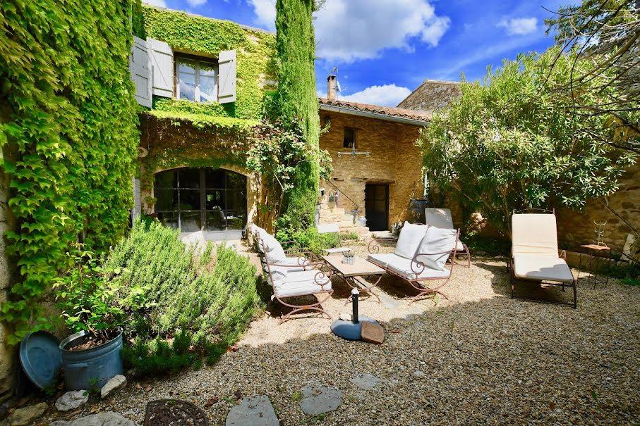 Vente propriété 6 pièces 225 m² à Maubec (84660), 850 000 €
