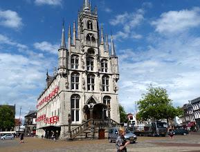 Photo: Kein Märchenschloss, sondern das Rathaus von Gouda. 2