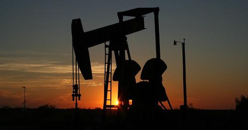 Crude oil production, efficiency rose in major oil producing regions in 2020
