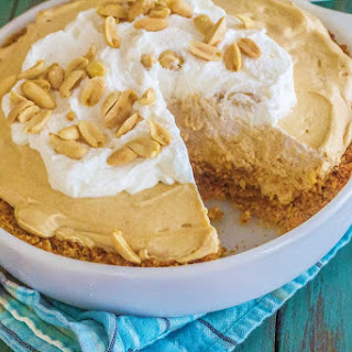 No Bake Peanut Butter and Crackers Pie.
