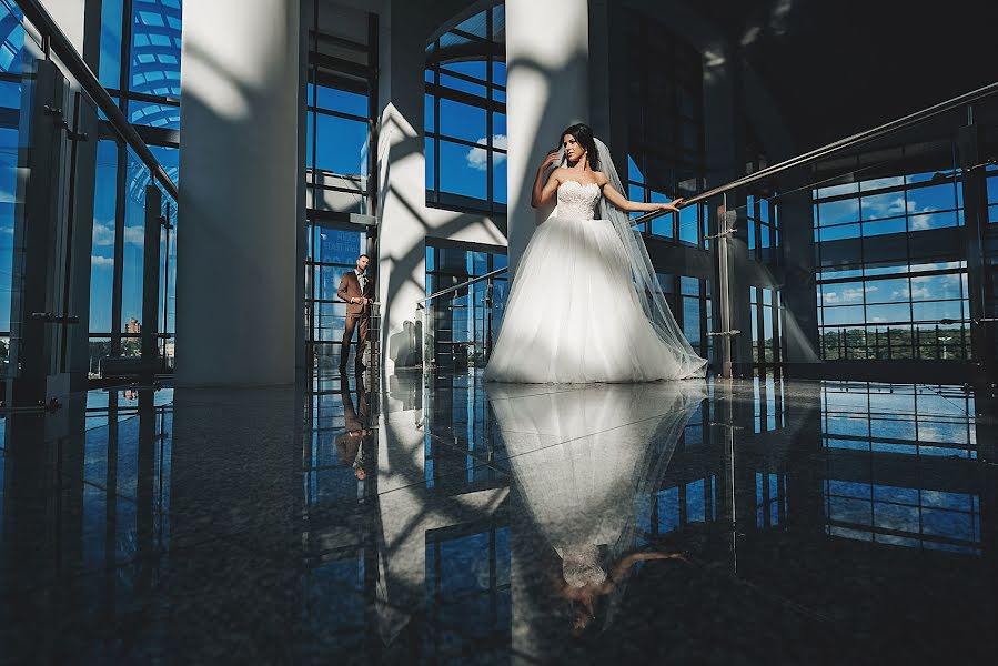 Wedding photographer Yuriy Palshin (Yurman). Photo of 07.09.2016