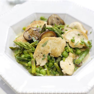 20-Minute Creamy Chicken Fricassee with Peas and Asparagus.