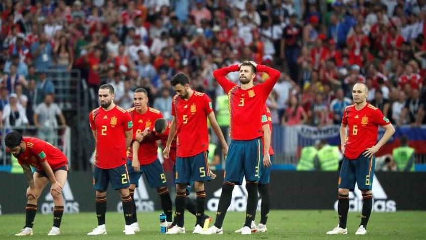 España necesita una mano de pìntura.