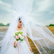 Wedding photographer Ranis Gilmutdinov (ranisgilm1). Photo of 17.09.2018