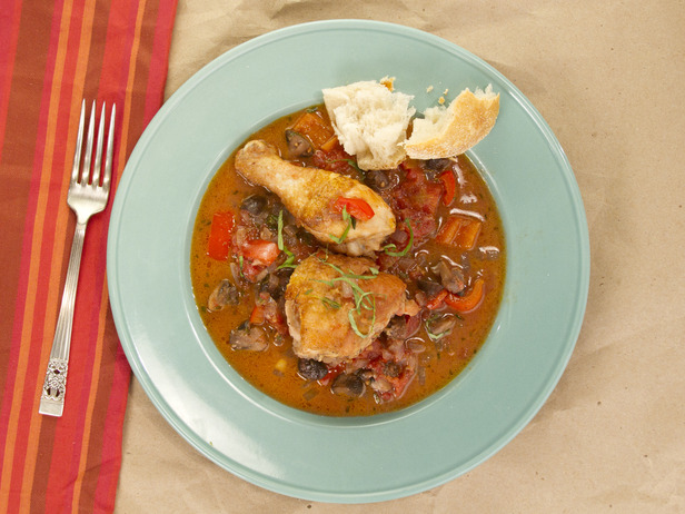 Photo: Chicken Cacciatore. Get the recipe here: http://ow.ly/9fmGW