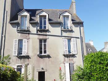 Maison 15 pièces 198 m2