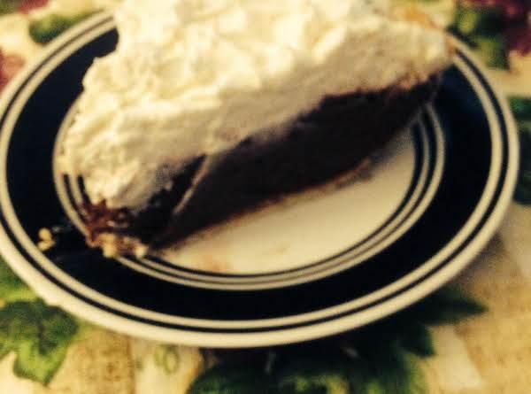 Chocolate Fudge Cream Pie Recipe
