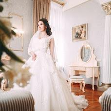 Wedding photographer Vikulya Yurchikova (vikkiyurchikova). Photo of 26.09.2018
