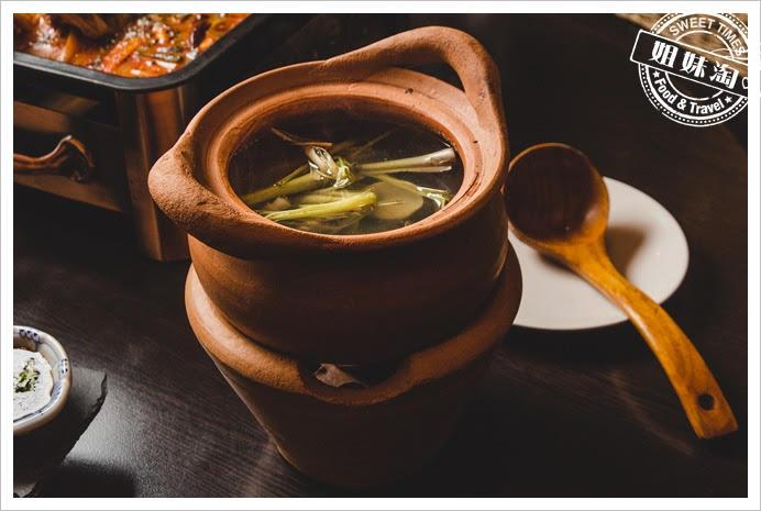 阿杜皇家泰式香茅蛤蠣湯