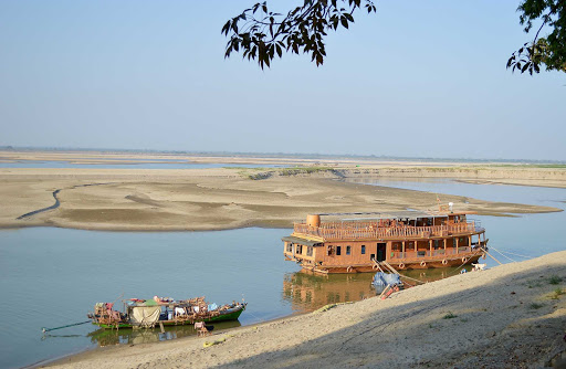 Myanmar-riverboat2 - The Ayeyarwady River hosted all types of vehicles built for transport.