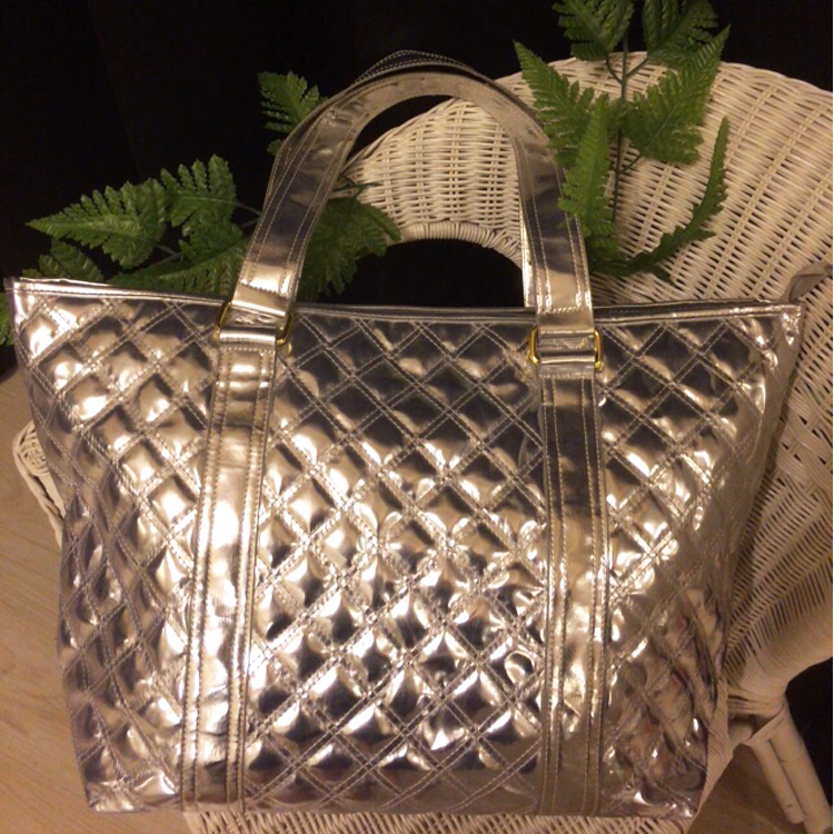 Casual Tote bag in Silver by Le Tea Boutique