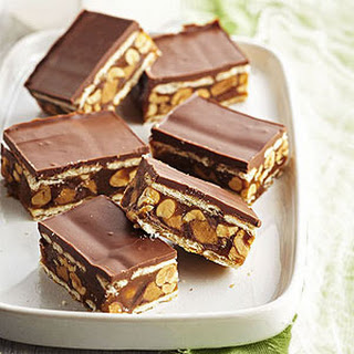 Salted Caramel, Chocolate and Peanut Cracker Stack Bars Recipe