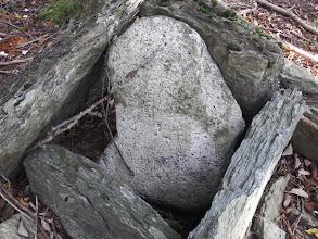 もうひとつ石碑