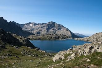 Photo: Vall de Boí:  estany de Monges i Punta Alta des del coll de Crestada