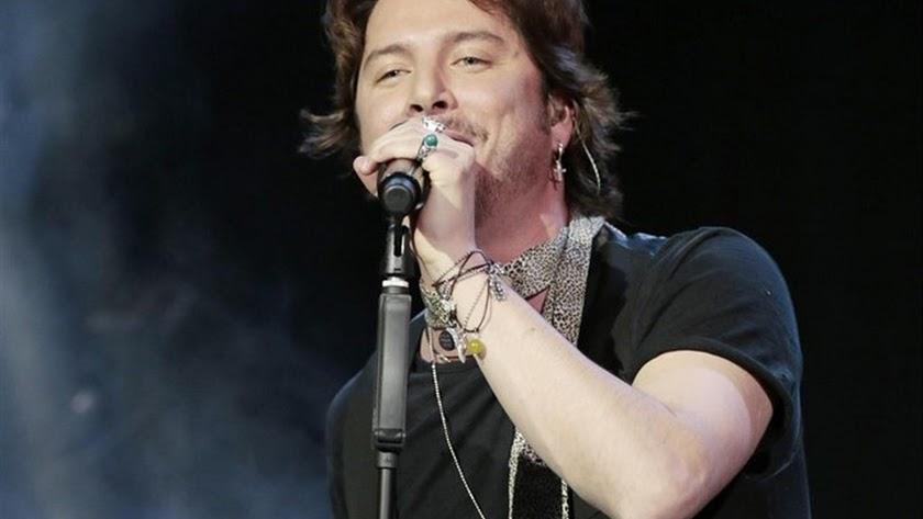 El cantante onubense Manuel Carrasco