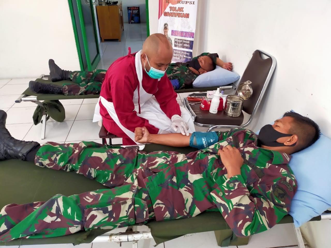 ZIDAM Berpartisipasi Melaksanakan Gelar Bakti Sosial Donor Darah Di Markas KUMDAM