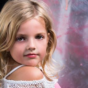 by Henk  Veldhuizen - Babies & Children Child Portraits ( child, girl )