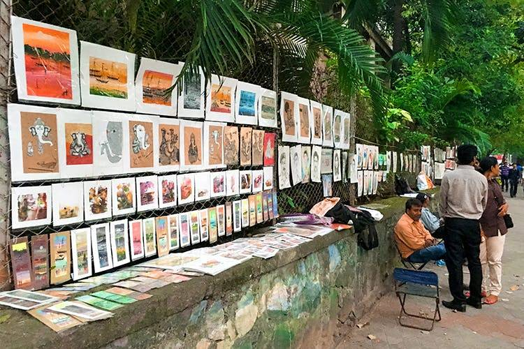 kala-ghoda-pavement-market-street-shopping-in-mumbai_image