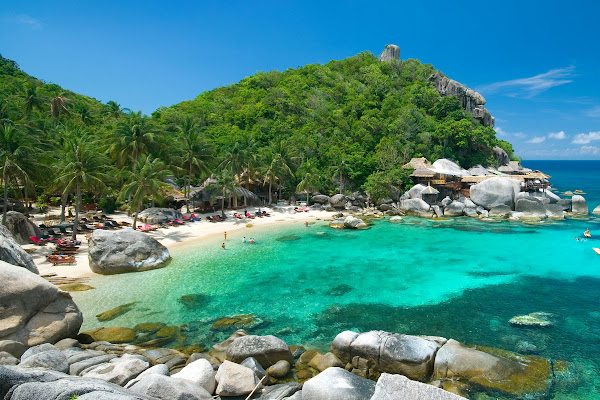 Visit Jansom Bay on Koh Tao