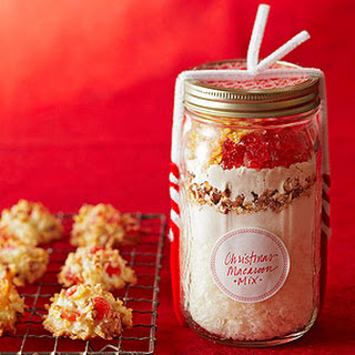 Christmas Macaroon Mix