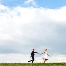 Wedding photographer Louise van den Broek (momentsinlife). Photo of 24.09.2015