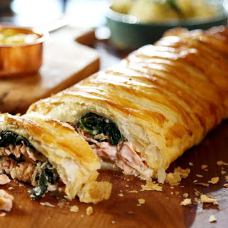 Salmon Pie with Spinach and Hollandaise Recipe