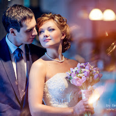 Wedding photographer Evgeniya Surkova (surkova). Photo of 19.03.2013