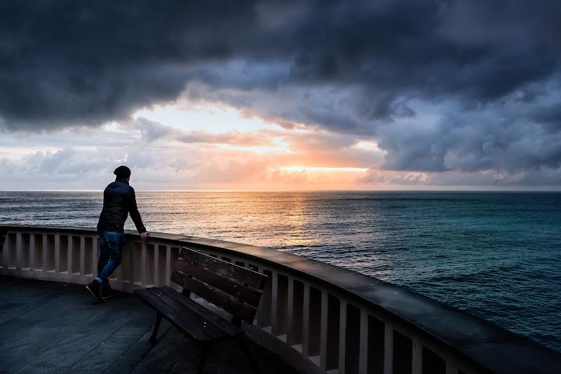 Il mare d'inverno (qui non viene mai nessuno a trascinarmi via) di Sergio Locatelli