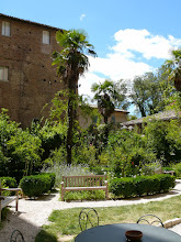 Photo: De tuin van het Palazzo Ducale in Urbino.