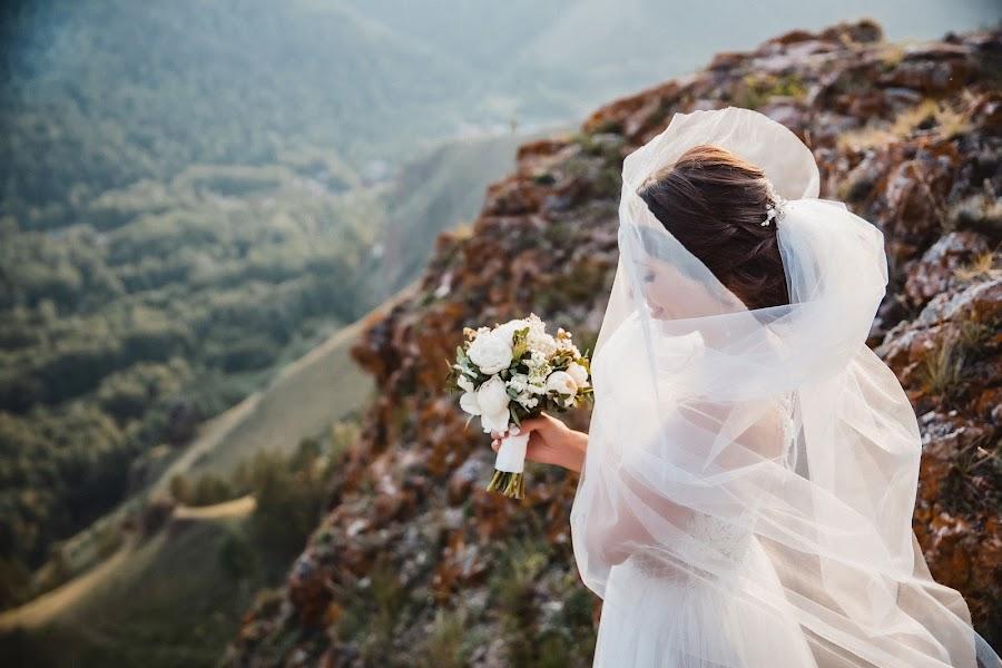 Свадебный фотограф Денис Осипов (SvetodenRu). Фотография от 26.09.2019