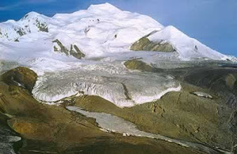 Photo: Paisaje alpino: horns, circos y lenguas glaciales