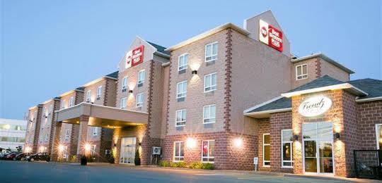Best Western Dartmouth Hotel & Suites