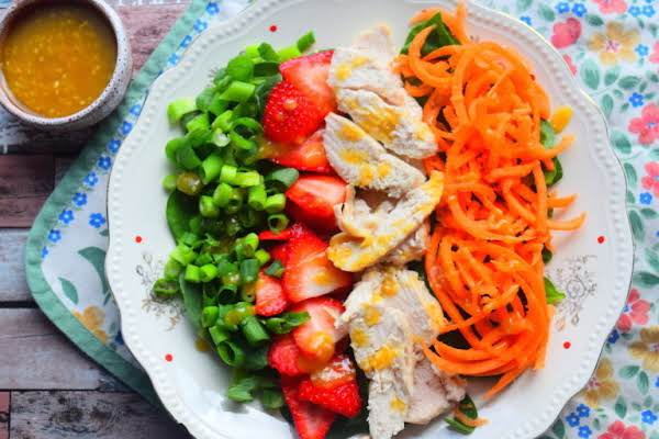 Chicken & Strawberry Salad Recipe