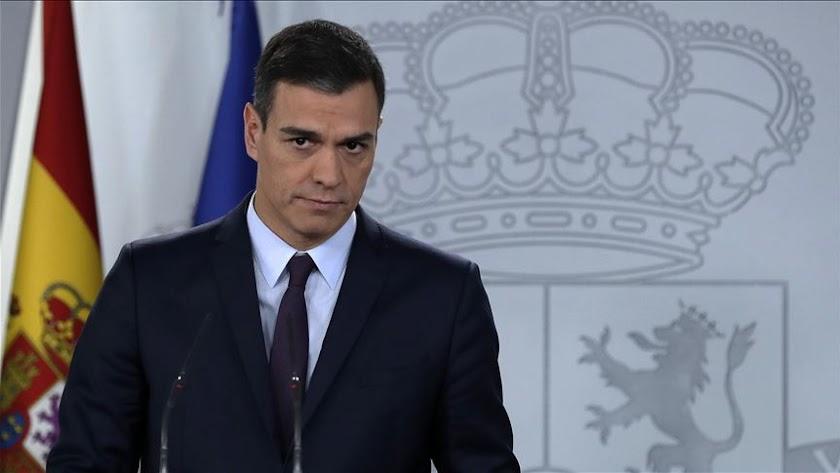 Pedro Sánchez anuncia que vuelve el fútbol.