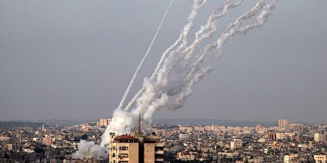 Hamas fires rockets into Israel amid Jerusalem unrest | Fox News