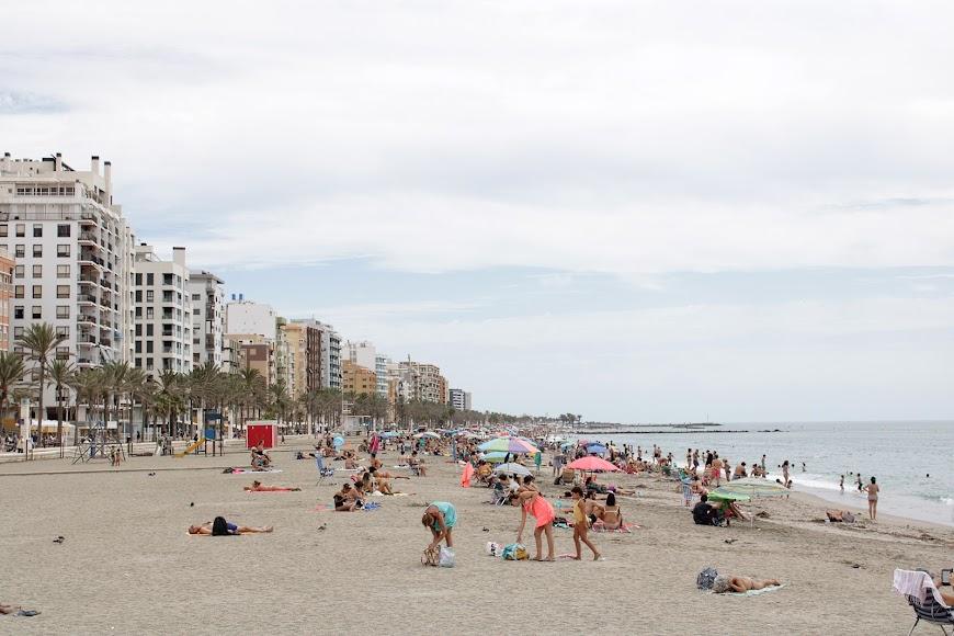 Aspecto de la playa de San Miguel en el último domingo de agosto.