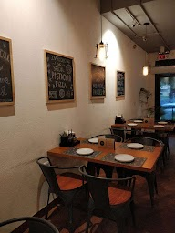 Evoo Eatery And Pizzeria photo 17