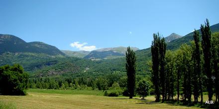 Photo: Prados y valles.
