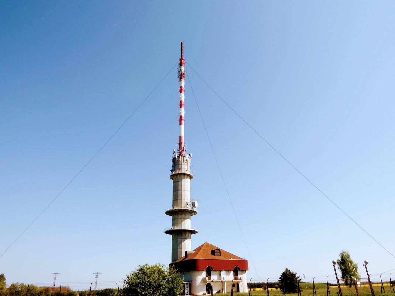 Hegyhátsál - TV-URH gerincadó állomás