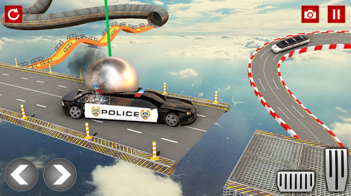 Police Limo Car Stunts GT Racing: Ramp Car Stunt modavailable screenshots 12
