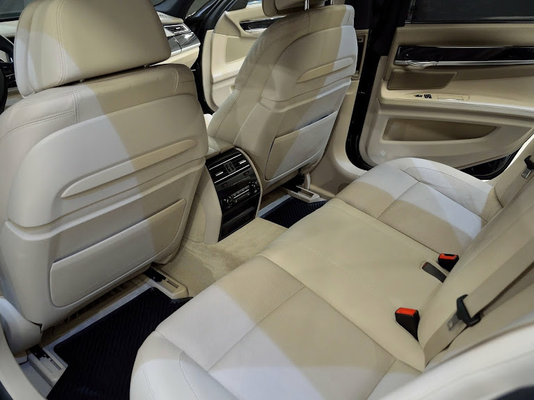 BMW 750xd Hire Kosice