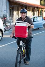 Photo: Steve arrives for Thursday's potluck