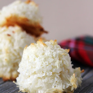 Vanilla Bean Coconut Macaroons Recipe