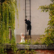 Wedding photographer Tomáš Benčík (tomasbencik). Photo of 07.11.2014